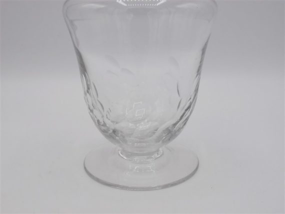 carafe ancienne sur pied verre cisele