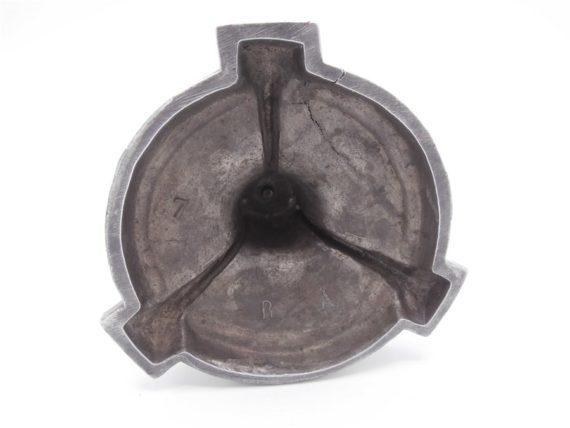 ancien chandelier en etain