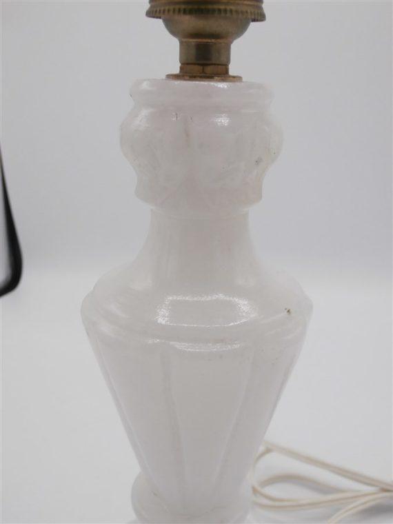 lampe ancien pied albatre blanc