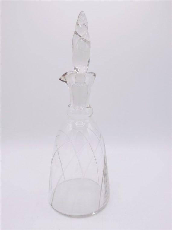 carafe ancienne verre cisele