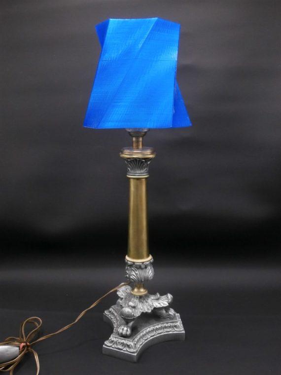 lampe pied ancien metal et laiton abat jour fabrique a partir d une imprimante 3D
