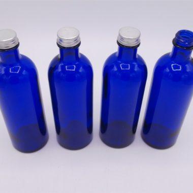 flacons anciens bleu