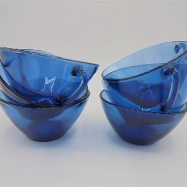 tasses bleues vereco