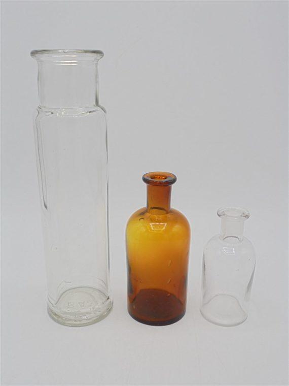 trio flacons anciens apothicaire verre ambre brun