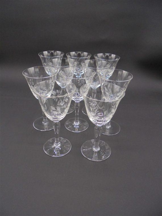 anciens verres ciseles