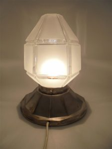 lampe a poser table art deco