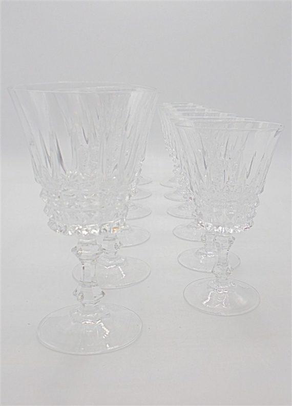 anciens verres a pied cristal