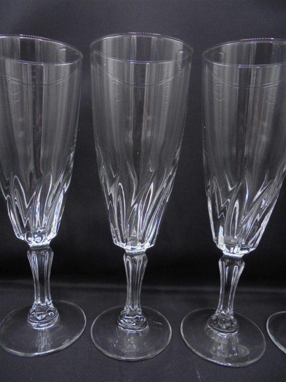 service 4 flutes champagne