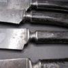 anciens couteaux lames acier manche ebene mitre argent