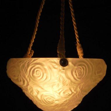 luminaire ancien lampe suspension vasque fleur roses art deco art nouveau