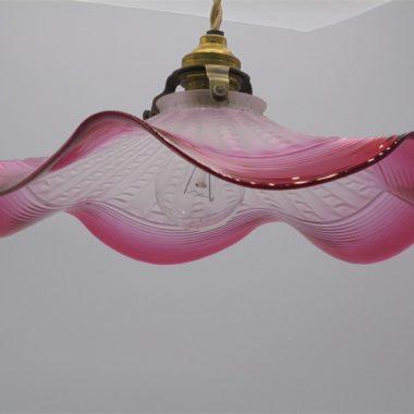 suspension ancien luminaire vintage rose