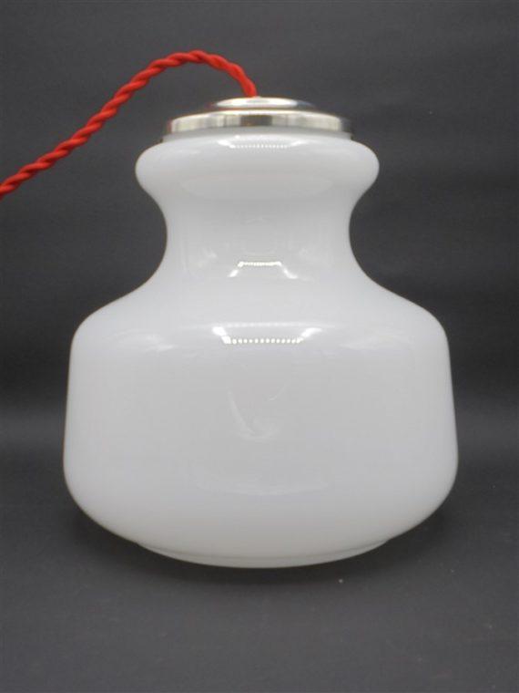 suspension vintage en opaline blanche luminaire ancien