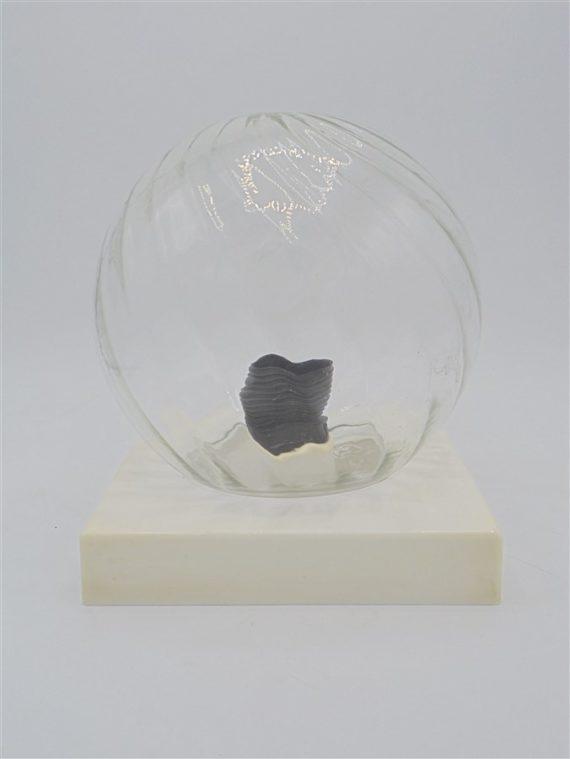 plafonnier ou appliquevintage globe boule en verre socle en bakelite blanche