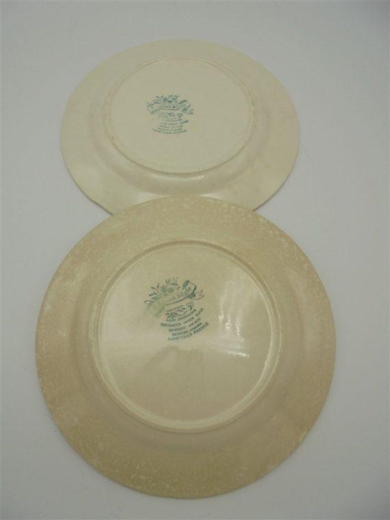anciennes assiettes fleurs roses bordeaux anglaises