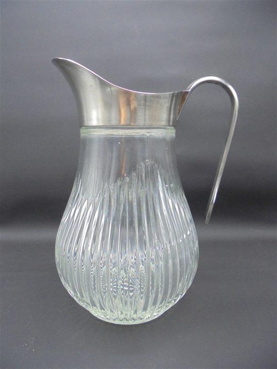 ancien pichet carafe verre et metal argente italy