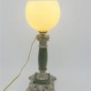 ancienne lampe a poser pied etain marbre vert globe verre creme