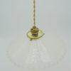 ancienne suspension verre opaque depoli bordure ondulee