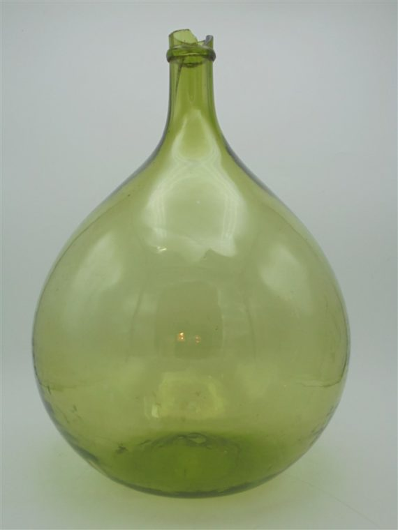 dame jeanne ancienne bonbonne verre vert souffle