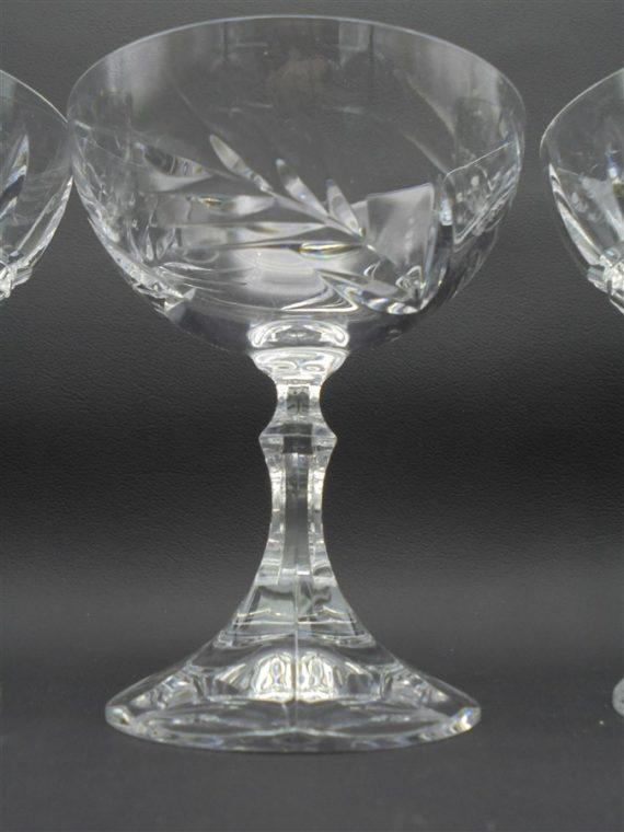 coupes a champagne en cristal