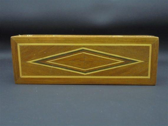 boite en bois marqueterie losangee