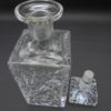 ancienne carafe a whisky en cristal carree