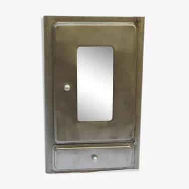 ancienne armoire de toilette ou a pharmacie vintage en metal avec miroir