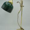 ancienne lampe de table en laiton et tulipe opaline verte