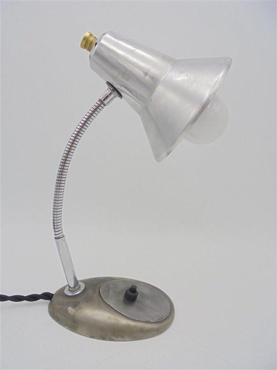 ancienne lampe de bureau vintage metal gris