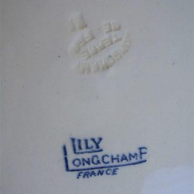 ancienne assiette Lily longchamp terre de fer