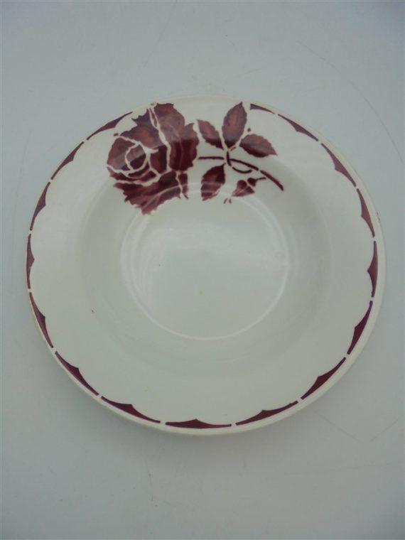 anciennes assiettes decor fleur bleu bordeaux