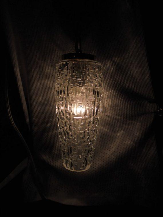 ancienne suspension vintage retro chic verre allonge chainette doree luminaire brocante