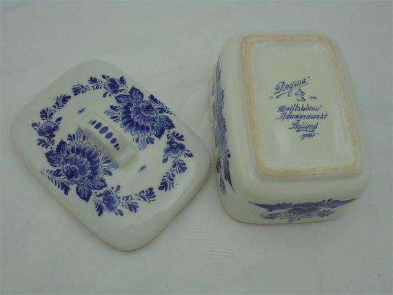 ancienne boite a savon en ceramique regina holland