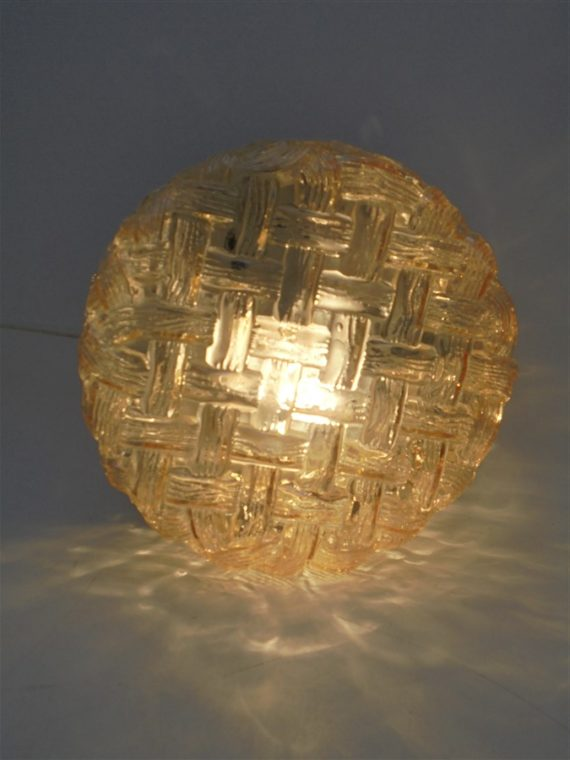 ancien plafonnier luminaire vintage verre rond or orange irise brocante