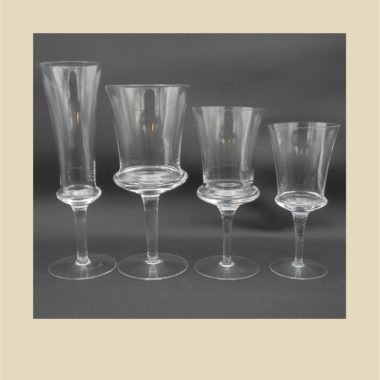 service verres a pied verres a vin eau digestif et flutes a champagne