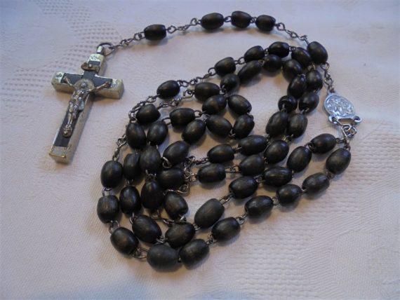 chapelet perles noires en bois