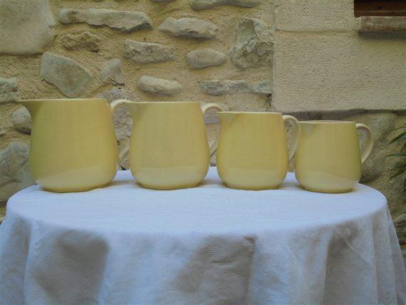 suite 4 anciens pots a lait pichet ceramique jaune villeroy& boch