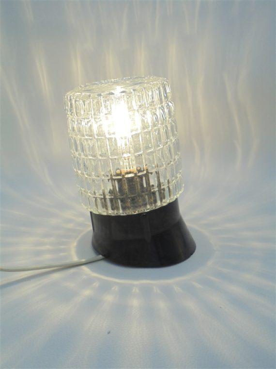 applique lampe vintage retro inclinee globe verre cylindrique socle en bakelite