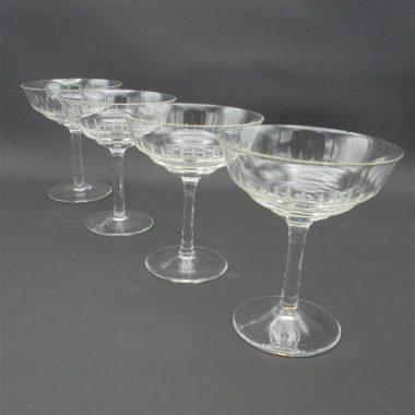 anciennes coupes a champagne en verre cisele chic et elegance