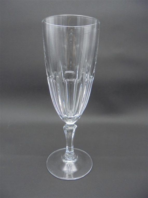 flute a champagne service depareille tendance repas de fete