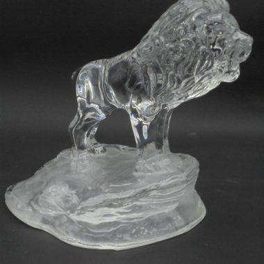 figurine lion cristal presse papier