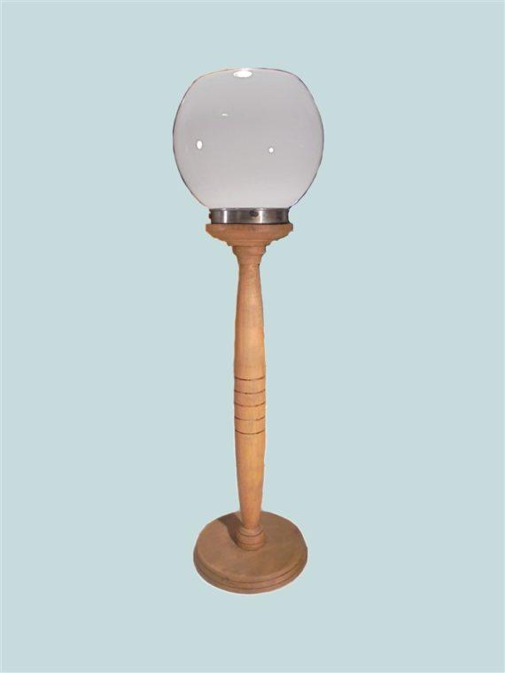 grande lampe globe opaline pied en bois