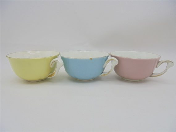 anciennes tasses a cafe ceranord semi porcelaine