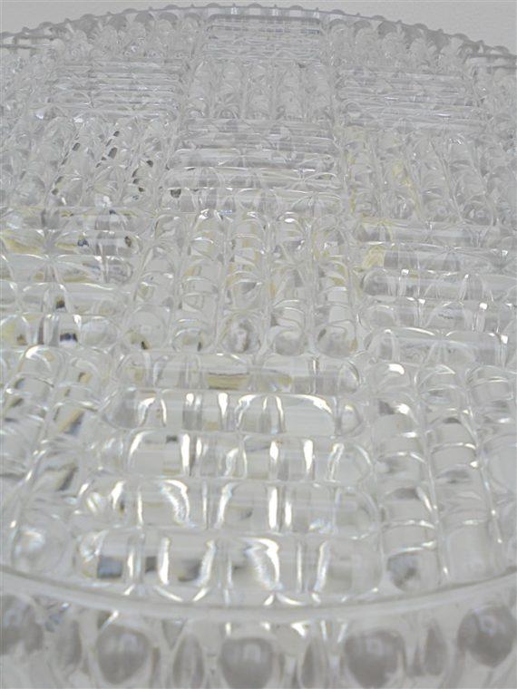 plafonnier vintage rond en verre epais de qualite design intemporel