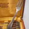 anciennes fourchettes a dessert metal argente poincon LCF blason couronne metal blanc 15