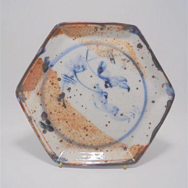assiette plat de presentation hexagonal en gres signe Tristan
