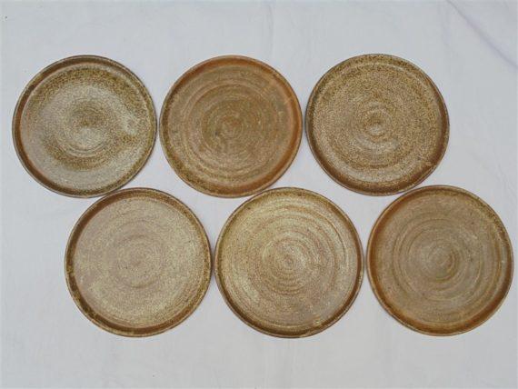 service 12 assiettes en gres signees la hulotte caylus 82 artisanat artisan fait main