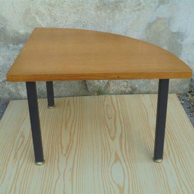 petite table d appoint bout de canape vintage scandinave quart de rond plateau bois pied metal noir