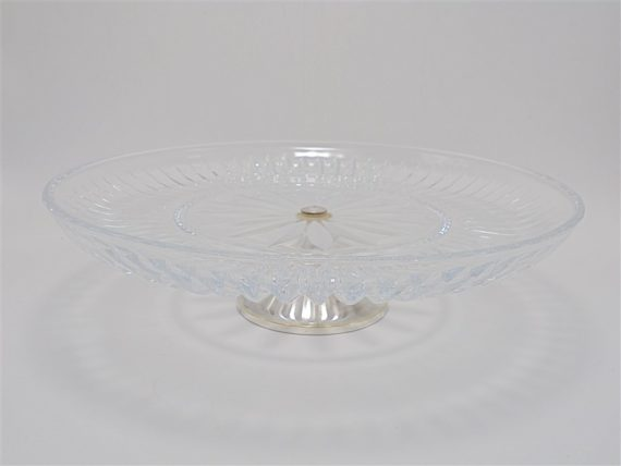 plat piedouche coupe en cristal pied en metal argente