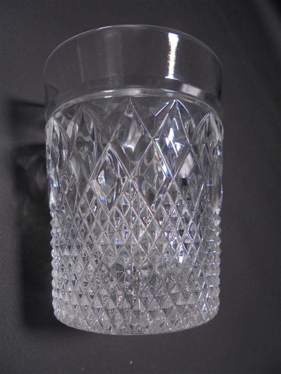 trio de verres a whisky en verre ou en cristal