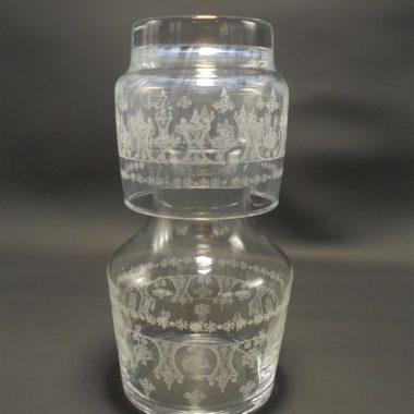 service de chevet carafe et gobelet en verre